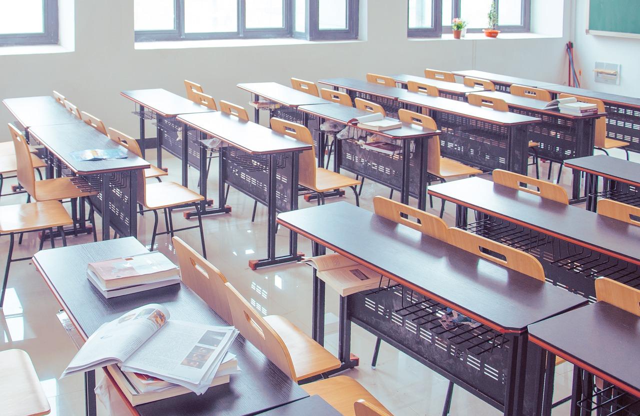 student 1520151333 - Sistem Analisis Peperiksaan Yang Boleh Dipercayai